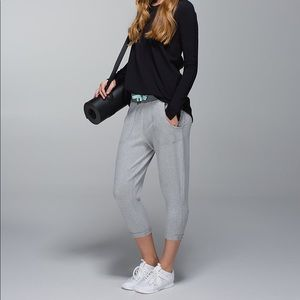 Lululemon Gray Free Fall Crops